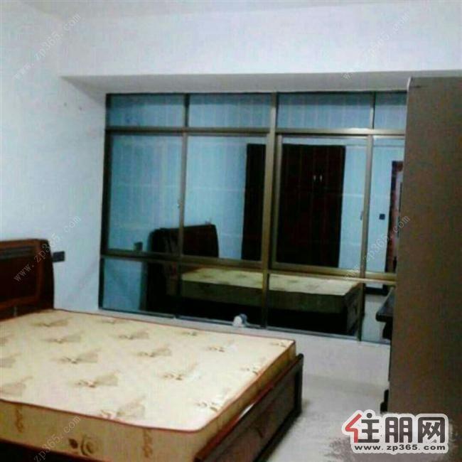 豪华装修,拎包入住,3房家私家电齐全3空调