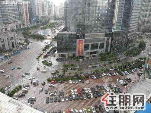 拥有广西南宁梦之岛水晶城,广西南宁梦之岛购物中心,广西南宁梦之岛