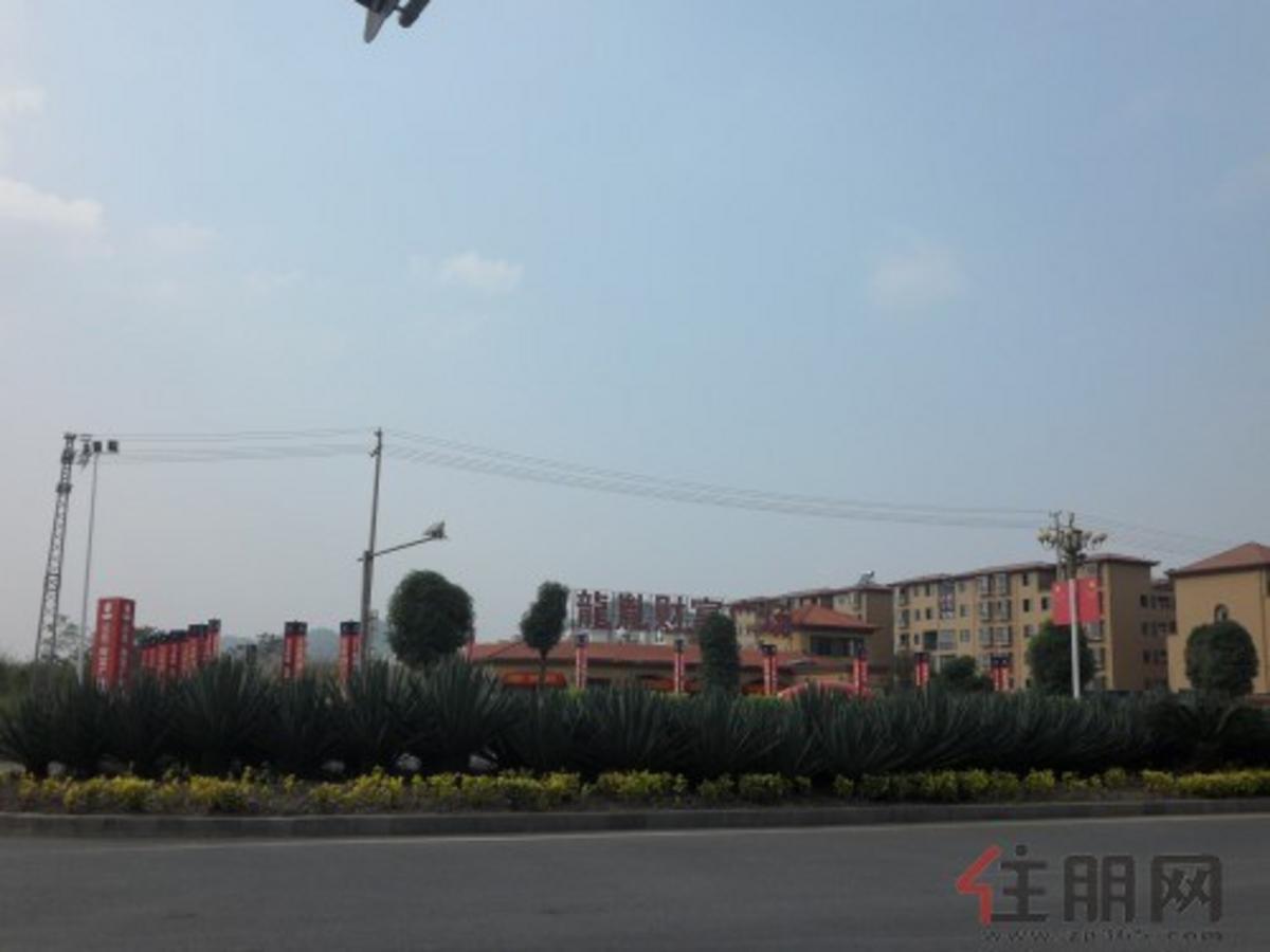 龙胤·财富广场实景图