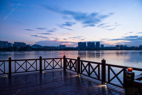 遥望邕江实景图