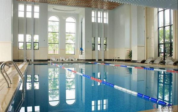 三祺长岛花园室内泳池实景图