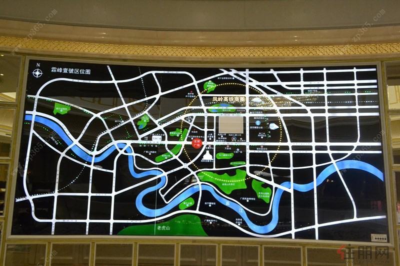 [查看交通图] 公交线路:85路,37路92路公交车直达(佛子岭凤岭路口站)