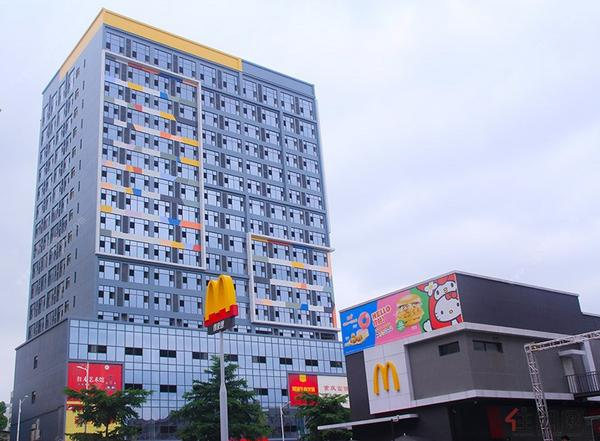 华成都市实景图