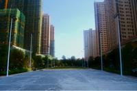 银丰中央首府实景图|篮球场、足球场建设中