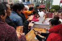 御江帝景活动图片 御江帝景庆元旦圣诞欢乐套鸡送爆米花活动 (7)