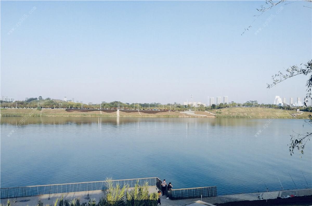 盛邦滨江府周边公园