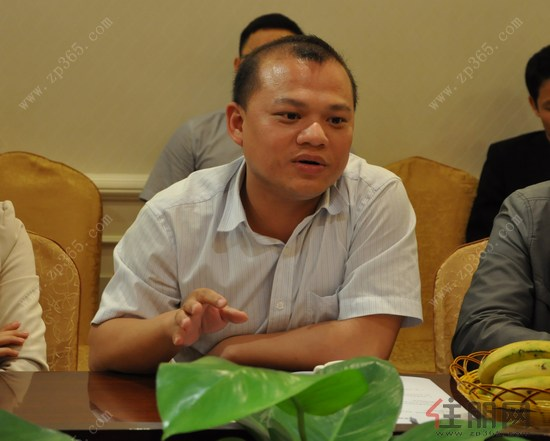 玉林市玉东新区党众工作部副主任唐海斌