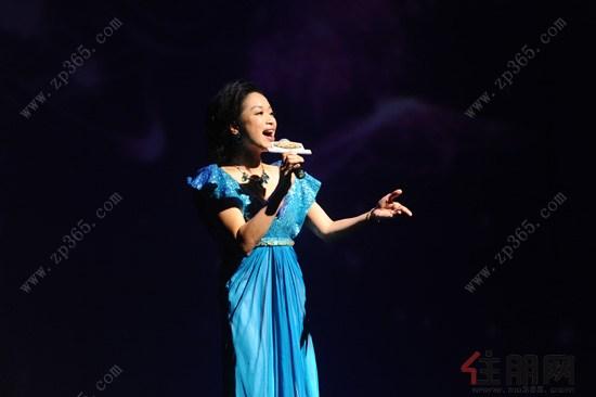 广西著名歌手陈春燕现场献唱电影《刘三姐》插曲《多谢了》
