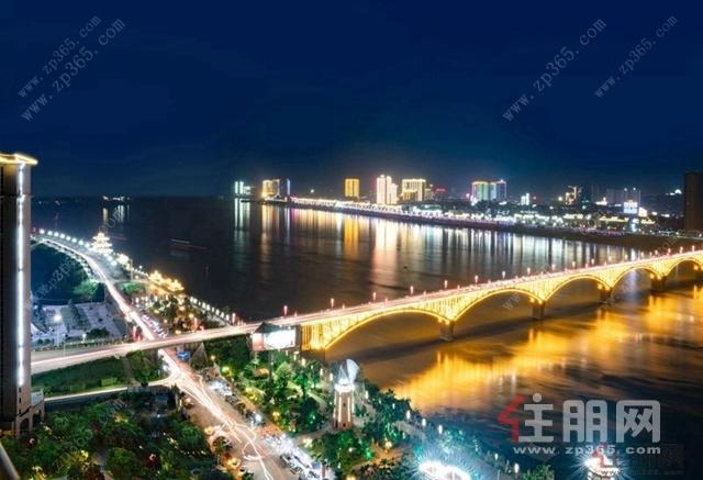 平南江滨夜景
