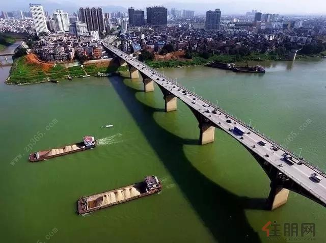贵港市郁江一线江景