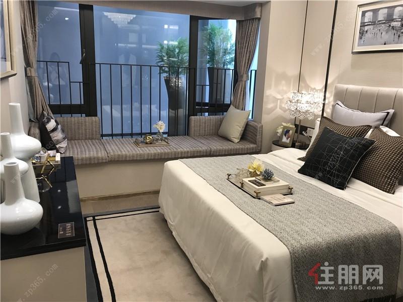 龍光玖譽城89㎡樣板房臥室.jpg