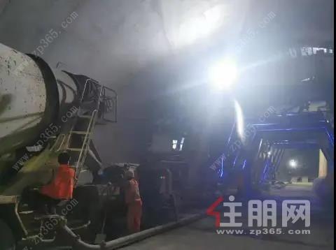 王月隧道YK85+676-666二衬浇筑.jpg