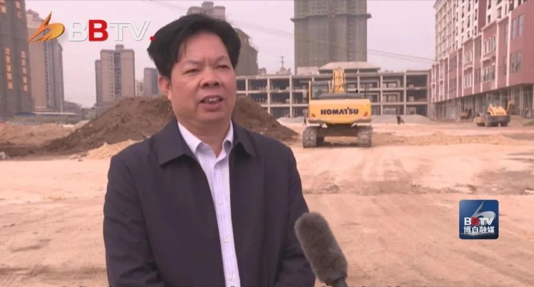 县交通运输局副局长 黄廷云