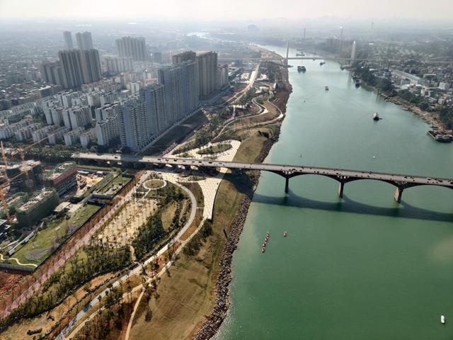 郁江两岸工程实拍