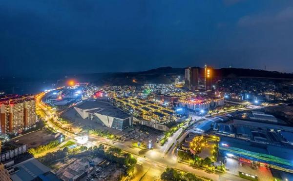 毅德生态城夜景图