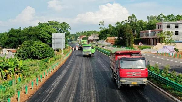 玉湛高速公路