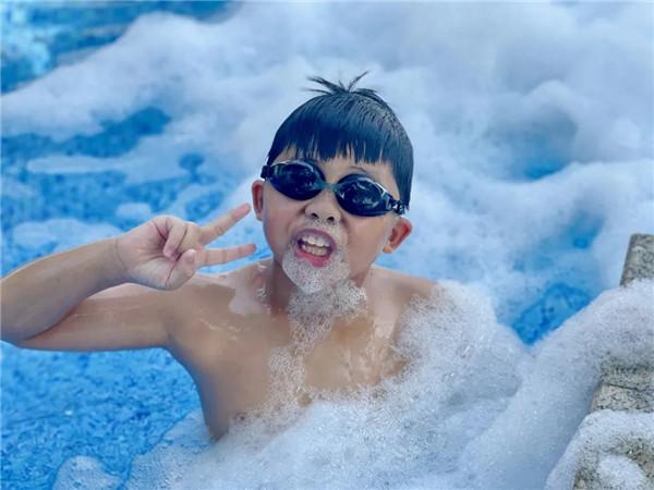 周末去哪儿?来南宁打卡圣地+泡沫泳池