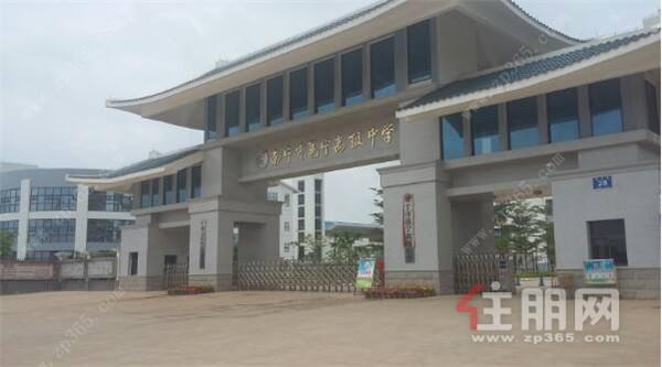 邕宁民族中学实景图