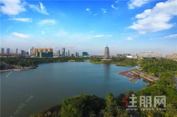 五象湖实景图.jpg