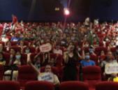爱国影片《八佰》热映 江南御景举办客户观影活动