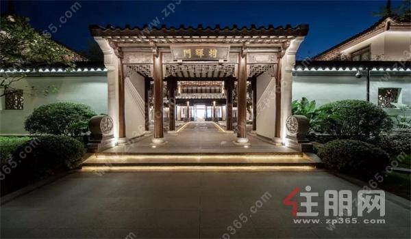 蓝光芙蓉山悦中式园林环绕,建筑艺术