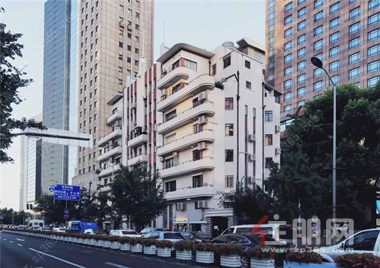 张爱玲旧居常德公寓.jpg