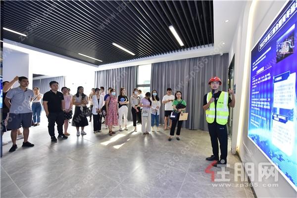 """威宁青运村工程和实景园林首次开放,给业主吃颗""""定心丸"""""""
