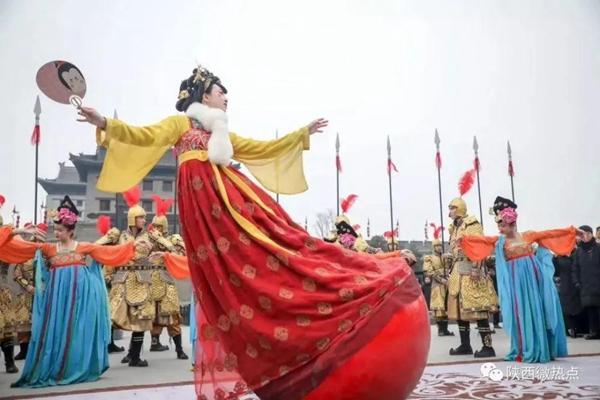 网红不倒翁(图源:陕西微热点)