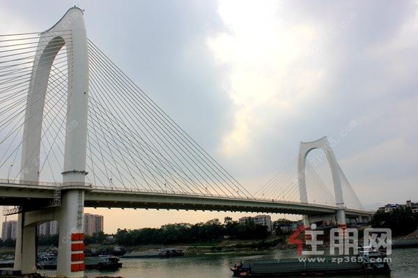 贵港青云大桥实拍