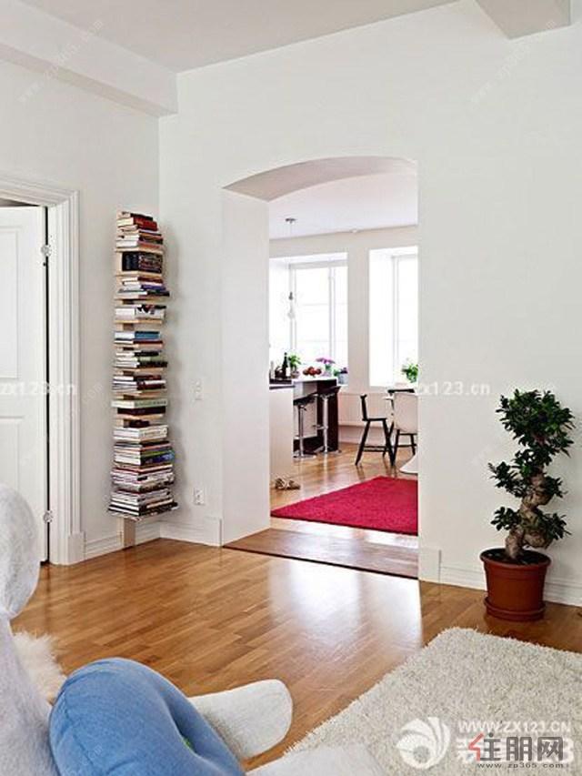 铺地板是一种时尚,是现代的一种趋势,但是装修也要注意很多问题,除了上面说多说的,还有一个很重要的就是木地板一定要做好防潮准备,在装修地板做好这些,地板铺的才会更加美好,这样后期也不会出现反反复复这种情况。