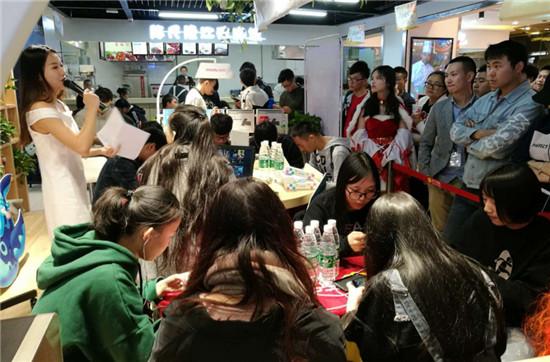 苏宁易购圣诞轰趴即将启动 全国近4000家门店玩出新高度