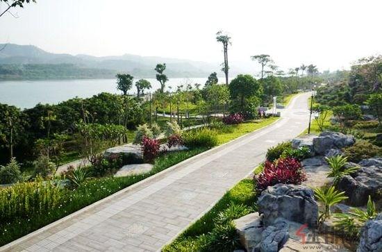 —南宁大桥南端版块,与柳沙半岛,荔园国宾区仅一江之隔,轻松畅享