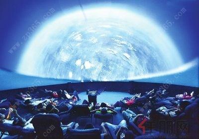 让你尖叫!梧州首届球幕电影节震撼启幕图片