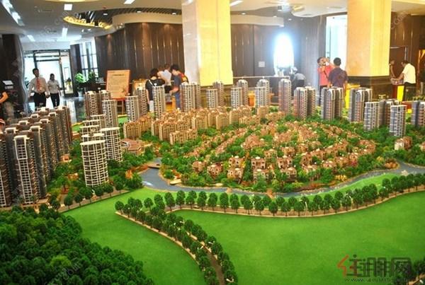 三祺长岛花园拥有绝无仅有的环岛水系社区公园.
