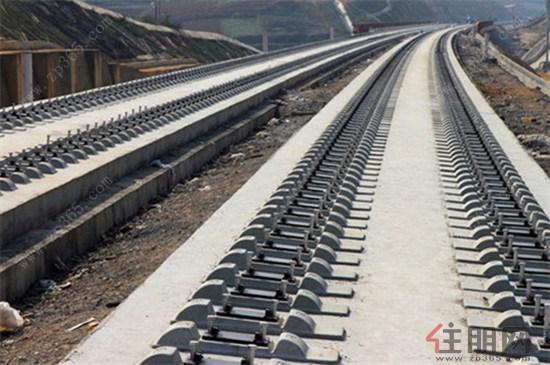 广西至云南首条高铁 云桂铁路无砟轨道年底将通车