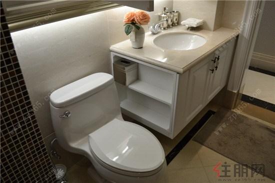 马桶 卫生间 卫浴 座便器 550_366