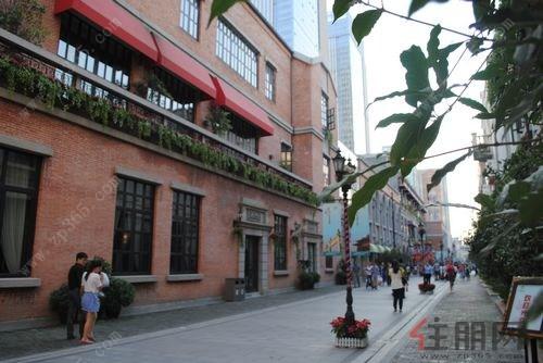 汉街建筑风格偏民国风格